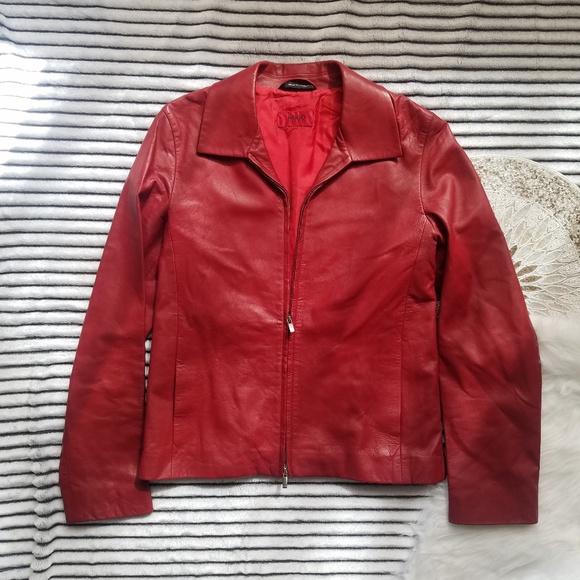 31210e25198 ... Red Jacket Size 4. Hugo Boss. M_5c86e0541b3294dc7b24f6b6.  M_5c86e06c534ef9628c90a35d. M_5c86e07d34a4efdb0ddb932d.  M_5c86e085534ef9684790a3d1